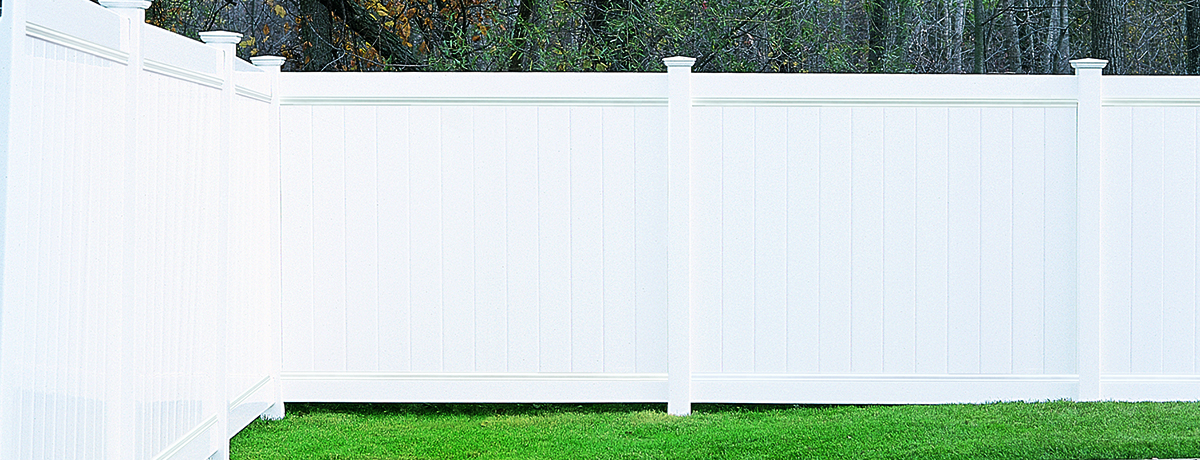 Chesterfield Smooth Fence Certainteed
