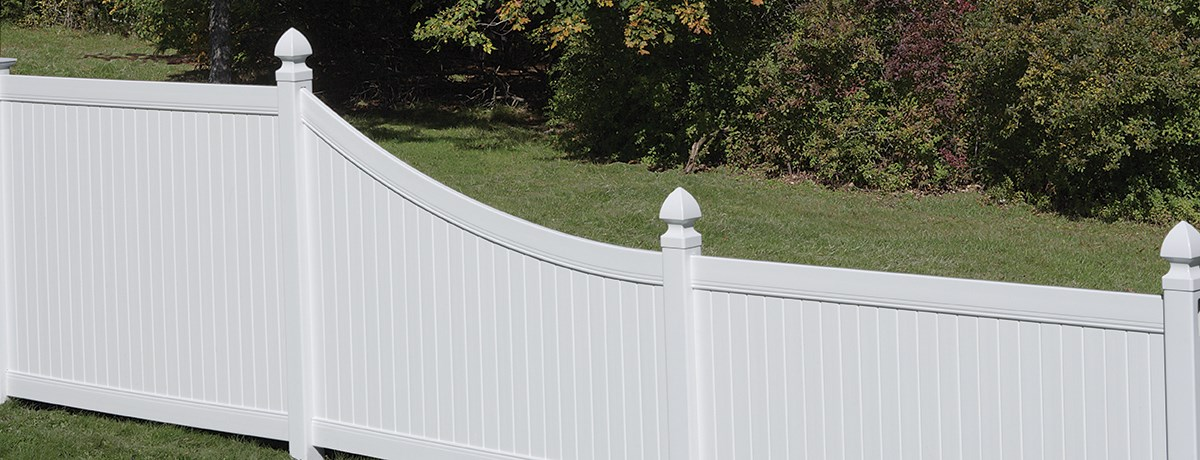 New Lexington Swoop Transition Panel Fence Certainteed