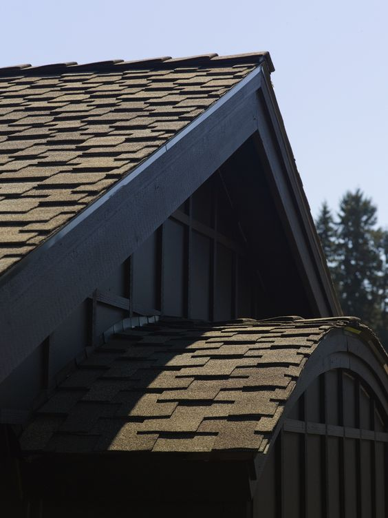 Presidential Shake asphalt roofing