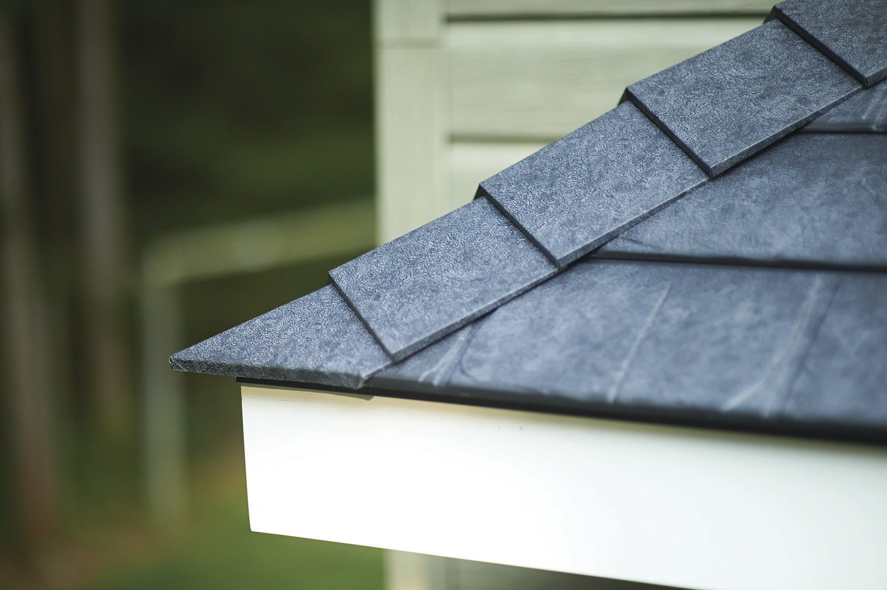 Matterhorn metal roofing, Slate profile, in the color Storm Slate