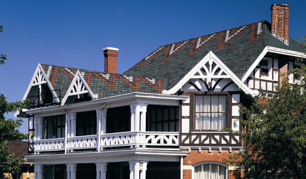 Tradition And Certainteed Roofing Shingle Combine To