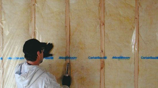 Mold Vs Mildew When To Worry And When To Clean Certainteed