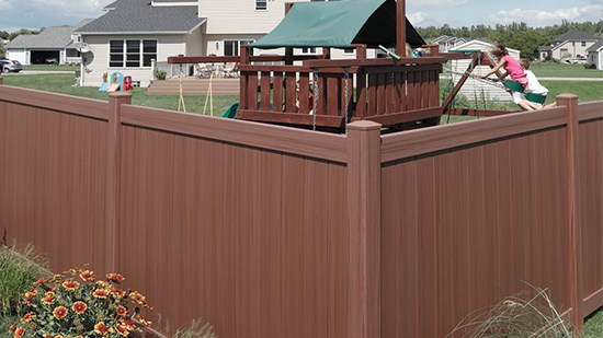 what is vinyl fence